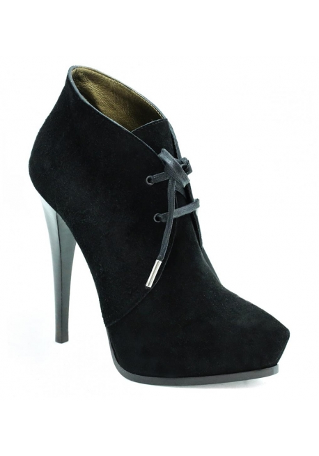 Lanvin high heels ankle boots in black kid leather