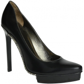 Lanvin pumps in black Calf leather crystals sole