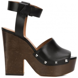 Givenchy 'Sofia' clogs sandals in black Calf leather