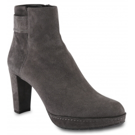 Stuart Weitzman Women's heeled ankle boots in taupe suede leather with side zip