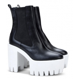 Stella McCartney platform heels ankle boots in black faux leather