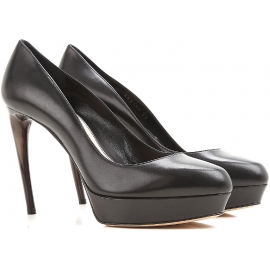 Alexander McQueen platforms in black Calf leather