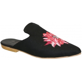 Gia Couture women's close slippers in black fabric