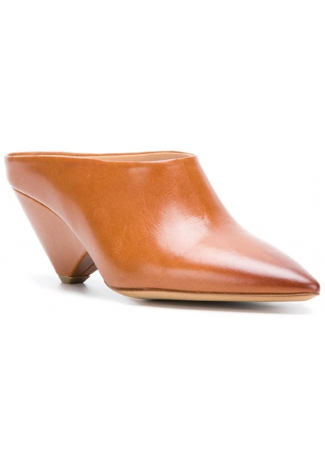 Maison Margiela heeled pointed toe mules in tan leather